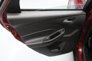 2014 Ford Focus SE HATCHBACK LEATHER ALLOY WHEELS