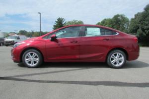 2017 Chevrolet Cruze 4dr Sedan Automatic LT Photo