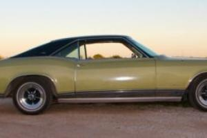1968 Buick Riviera Photo