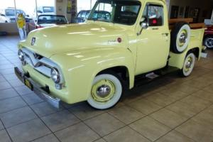 1955 Ford F-100 Custom Photo