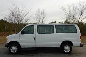 2004 Ford E-Series Van E-350 SD XLT 3dr Passenger Van
