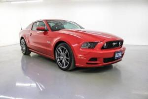 2013 Ford Mustang GT Premium Photo
