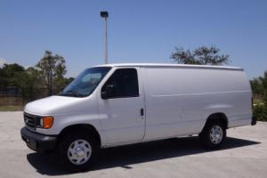 2004 Ford E-Series Van Extended Cargo Van