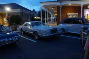 1977 Lincoln Continental Photo