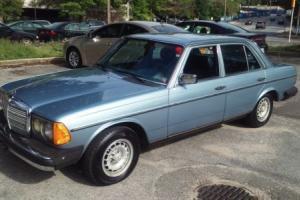 1985 Mercedes-Benz 300-Series