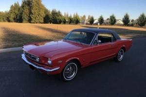 1966 Ford Mustang Coupe vinyl top