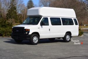 2010 Ford E-Series Van Photo