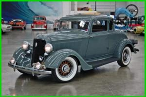 1934 Plymouth Other Photo