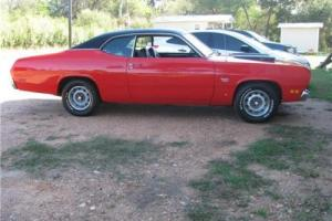 1970 Plymouth Duster -- Photo