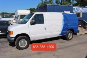2005 Ford E-Series Van Commercial