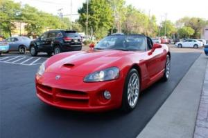 2005 Dodge Viper SRT10 Photo