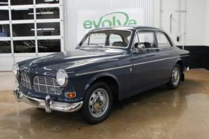 1966 Volvo 122S -- Photo