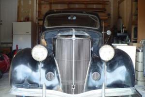 1936 Ford Deluxe Fordor Sedan