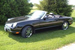 2002 Ford Thunderbird w/Hardtop Premium Photo