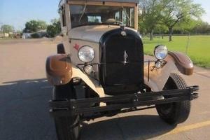 1928 Chrysler Sedan
