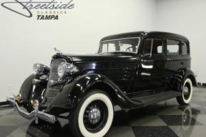1934 Dodge Deluxe Six Photo