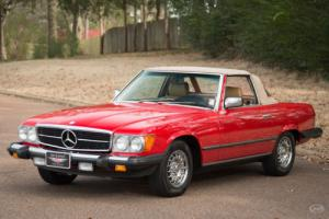 1985 Mercedes-Benz SL-Class -- Photo