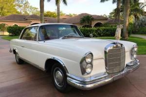 1963 Mercedes-Benz 220 SE/b W111.021 -- Photo