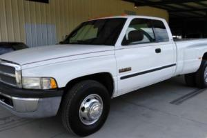 2000 Dodge Ram 3500 SLT Photo