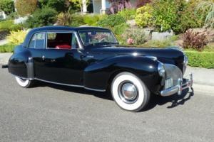 1941 Lincoln Continental Photo