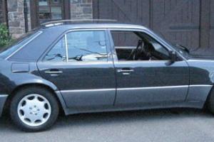 1993 Mercedes-Benz 500-Series