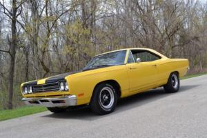 1969 Plymouth Road Runner 440 6BBL 6PAC
