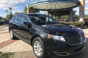 2014 Lincoln MKT AWD --