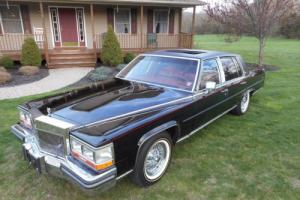 1989 Cadillac Brougham Photo
