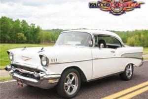 1957 Chevrolet Bel Air/150/210 Hardtop