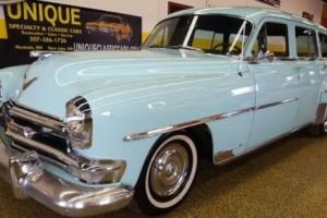 1954 Chrysler Town & Country Photo