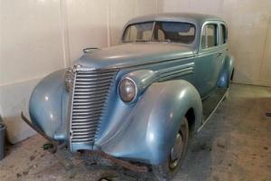 1938 Hupmobile 4 Door Sedan -- Photo
