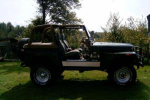 Jeep: CJ Sahara