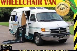 2000 Dodge Ram 3500 Handicap Wheelchair lift