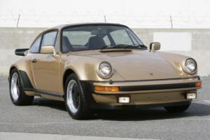 1977 Porsche 911 Photo
