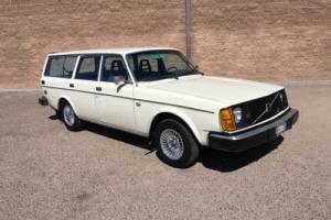 1977 Volvo 245 Photo