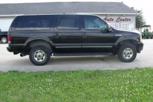 2003 Ford Excursion SUV