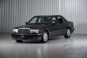 1993 Mercedes-Benz 500E Seadan 500 E