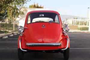 1958 BMW Isetta Photo