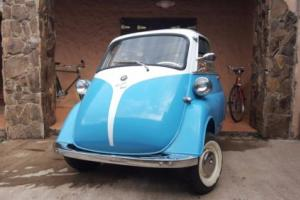 1961 BMW Isetta Photo