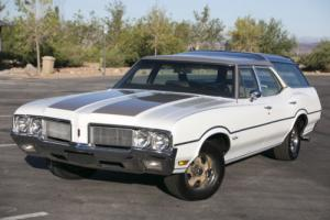 1970 Oldsmobile VISTA CRUISER GLASS ROOF WAGON VISTA CRUISER  442 HOOD & WHEELS for Sale
