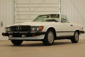 1988 Mercedes-Benz SL-Class 560SL Photo