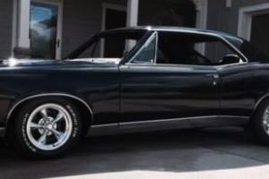 1967 Pontiac Le Mans Photo