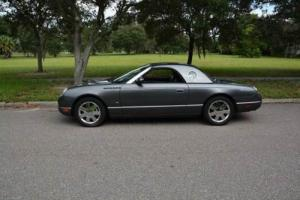 2003 Ford Thunderbird Deluxe 2dr Convertible w/ Removable Top Photo