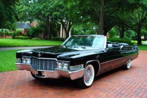 1969 Cadillac DeVille Photo