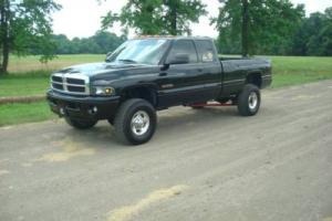 2001 Dodge Ram 2500 Photo