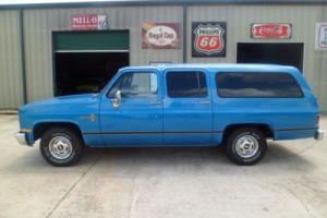 1988 Chevrolet Suburban --