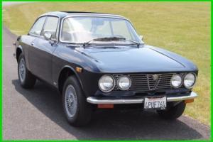 1973 Alfa Romeo GTV Photo