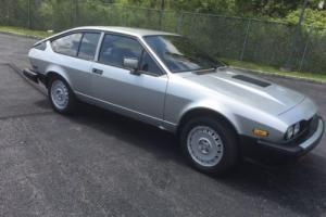 1982 Alfa Romeo GTV Photo
