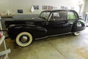 1941 Lincoln Continental Photo