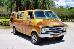 1977 Dodge Tradesman Photo